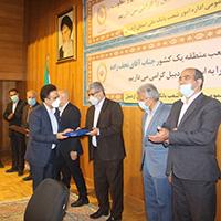 هدف بانک ملی ایران کمک به حل مشکلات اقتصادی کشور است
