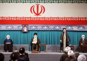 برگزاری مراسم تنفیذ سیزدهمین دوره ریاستجمهوری/ قرائت متن حکم رهبر انقلاب